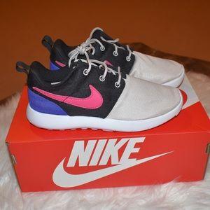 Nike Kids Roshe One Shoes
